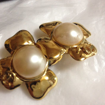 Vintage CHANEL large golden camellia flower earrings with faux pearl and CC motif.  So hot and chic item. Great gift.