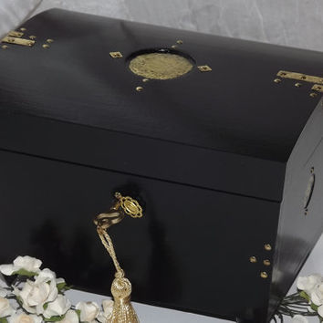 Lock Box. Black with an aged Brass Disc INLAY. Wooden LOCK BOX. Jewellery box. It can be Personalised. Keepsake box. Affirmation Box.