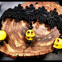Handmade Blace Lace Yellow Stone Fiesta Skulls Choker Day of the Dead Jewelry Halloween Necklace with Black Wood Beads Custom Length