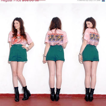 HUGE SALE CUTE Summer Shorts // high wasted shorts, high waisted shorts small medium, pleated bloomers, cuffed shorts, vintage 80s liz clai