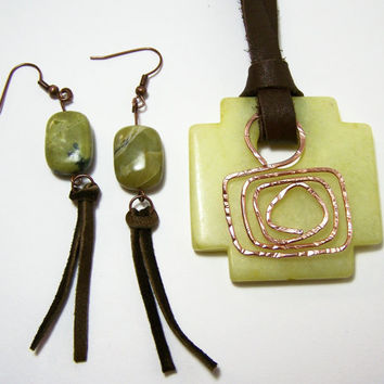 Hammer Copper Stone Necklace Earring,Green Stone Jewelry,Geometric Stone Pendant,Stone Tribal Jewelry, Wire Stone Necklace,Primitive Jewelry