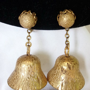 Miriam Haskell Vintage Bell Earrings Etched Repousse Flower Leaf Gold Plate Screwback Clip