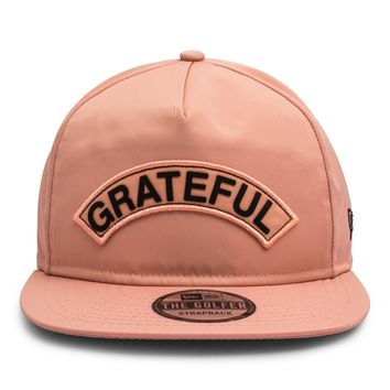 Grateful x New Era Golf Hat // Peach