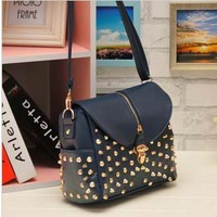 Cool Rivet Fashion shoulder bag