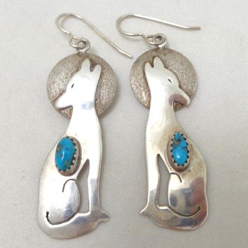 Vintage Native American Howling Coyote Turquoise Sterling Silver Earrings