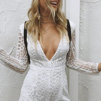 Sequins Embroidery Pure Color V-neck Long Sleeves Backless Short Jumpsuit