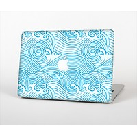 The Seamless Blue Waves Skin Set for the Apple MacBook Pro 13""