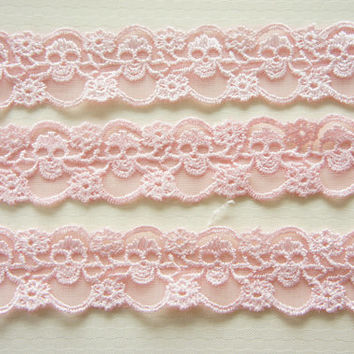 2 Yards Skull Lace Trim 30mm wide Baby Pink by misssapporo on Etsy