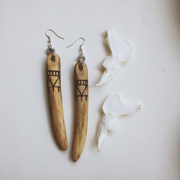 wood stick earrings - wood burned jewelry - long wood earrings - primitive earrings - carved wood earrings - wood pyrography jewelry