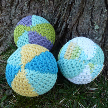 3 knitted balls, knitted ball, ball, balls, baby toys, soft toys, three balls, soft ball set, set of balls