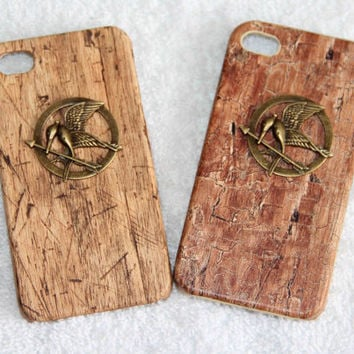 retro fashion Wood grain  iphone 4/4S case - badge hunger games mocking bird phone case gifts for her may trends summer fashion