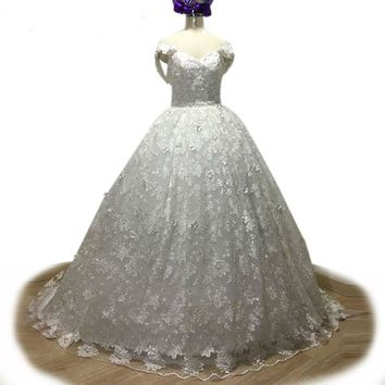 Backless Off Shoulder Wedding Dress White Lace Wedding Dress 3D Appliques Beaded Wedding Dress