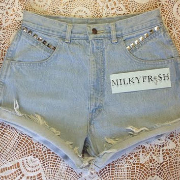 High Waisted Studded Cutoff Shorts Size 8 Milky Fr3sh