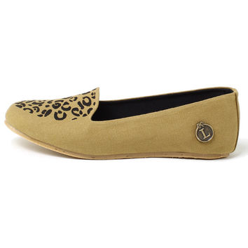 Loly in the Sky Patricia Leopard Flat