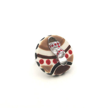 Shoe ring red rhinestones by SassyBelleWares on Etsy