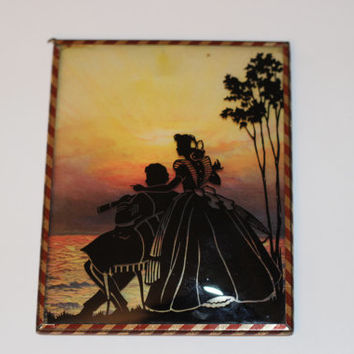 Vintage Sillouette Picture,glass picture,sillouette picture,couple picture,wedding gift,couple gift,bridal shower gift,antique,domed glass