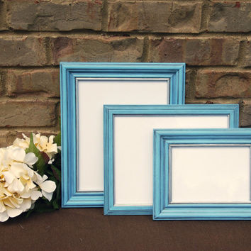 Cottage chic picture frames: Set of 3 vintage antique light blue & silver hand-painted wooden wall collage gallery photo frames