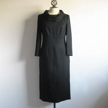Vintage 1980s Designer Dress Guy Laroche Black Wool LBD Dress Tulip Collar Shift Med-Lrg