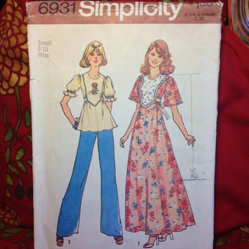 Dress or Blouse Pattern Simplicity 6931 Cut and Complete- Vintage 1970's