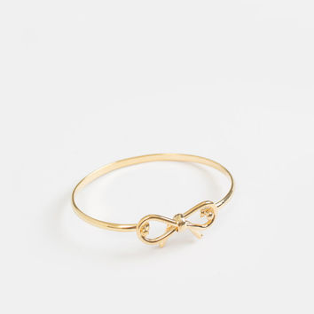 Brooklyn Gold Bow Bangle