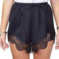 Summer Crochet Lace Elastic Short