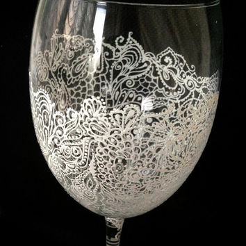 Personalised Hand Painted Wine Glass goblet  Flute Birthday Wedding Party 21st 30th 50th 16th