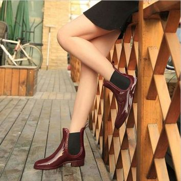 Glossy Rubber Waterproof Rainboots For Women