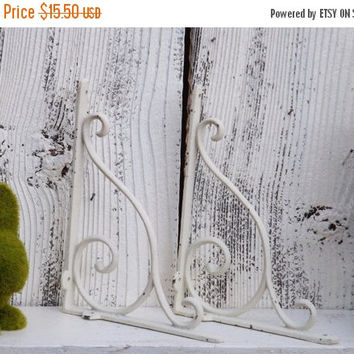 On Sale Shelf Brackets / Shabby Chic Brackets / Wall Brackets / Shelf Brackets