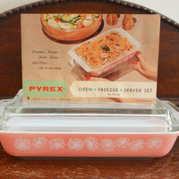 Pyrex Pink Daisy Space Saver with Lid & RECIPE CARD; 548 1.25Qt