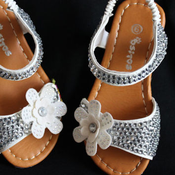 Toddler girl white sandals covered in crystals size 9, white sandals, dress sandals, summer shoes, sandals with bling,
