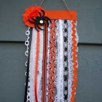 "Halloween Fall Spider Detail Mini Flag Banner Wall decor Wall Hanging, 5"" Wide x 10"" Long"