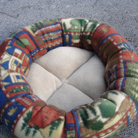 Dog bed, cat bed, pet bed, round bed, donut bed, fleece pet bed, machine washable
