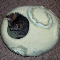 Cat cave,Pets cave ,olive lemon color cats ,pets cave, house for cat, eco friendly , hand crafted