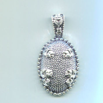 large Victorian rose cameo pendant flowers metal oval antique silver tone