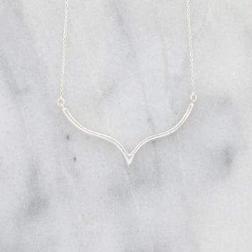 Chevron Necklace, V Necklace, Layering Necklace, Geometric Necklace, Sterling Silver of 14kt Gold Vermeil, Triangle Necklace, Arrow Necklace