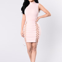 Starry Eyes Dress - Light Pink