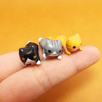 20%OFF Cute Crawling Yellow Black Grey Cat Dust Plug 3.5mm Cell Phone Plug iPhone 4 4S 5 5S Plug Samsung Charm Headphone Jack Ear Cap