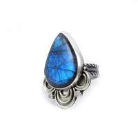 Labradorite ring , metalwork ring , sterling silver jewelry , metalwork fine jewelry , adjustable ring, gemstone jewelry