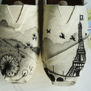 Dandelion Eiffle Tower TOMS by LamaLand on Etsy