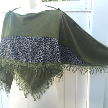 Handmade gifts,Women poncho,gift women,lace blouse trim,Christmas in July gifts,original gifting ideas,gifts for women,summer finds ,PiYOYO
