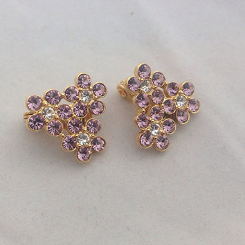 Pink Rhinestone Flower Monet & Gold Vintage Clip On Earrings - Costume Jewelry - Daisy Daisies Floral rhinestones - pink and white - bling