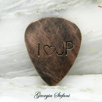 Personalized oxidized copper guitar pick. Initials guitar pick. Personalized Hand Stamped guitar pick. Music lovers. Mens gift. Custom made.