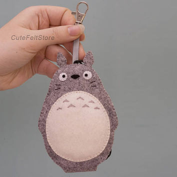 Totoro felt keychain with spring hook, Soot Sprites, bag accessory, Kawaii Keychain, key pouch, key ring, keyfob