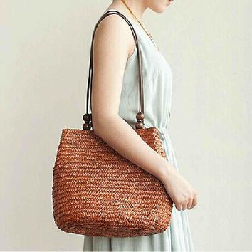 Fashion Straw Beach Bags Hand Knitting Women Handbags Casual Bucket Bag Luxury Design Summer Beads Strap Shoulder Bag