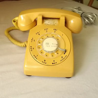 Vintage ITT Rotary Dial Phone Telephone Model 500 Mustard Yellow Desk Phone Retro 1969