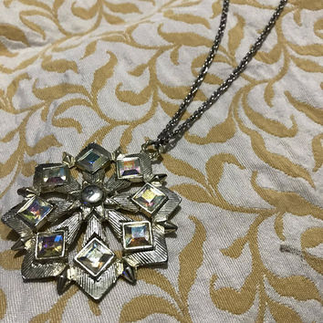 Large Sparkling Silver Iridescent Gem Vtg. Pendant Necklace