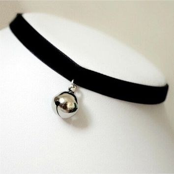 Vintage Black Velvet Choker Collar Bell Pendant Sexy Gothic Clavicle Chain 90s