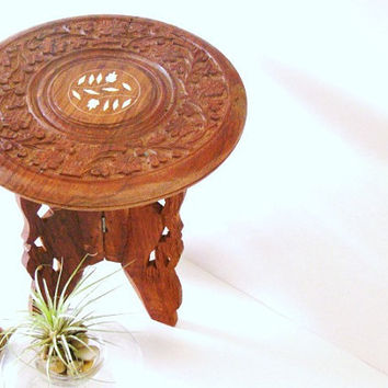 Carved Wood Trivet & Stand - Rustic Hand Carved Wooden Cake Stand - Carved Wood Plate and Pedestal - Cottage Farmhouse Decor