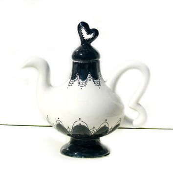 Whimsical Wonderland teapot