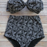 Black Strapless Sleeveless Printed High-Waisted Bikini Set
